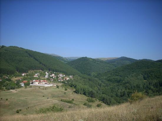 Долината на река Матница