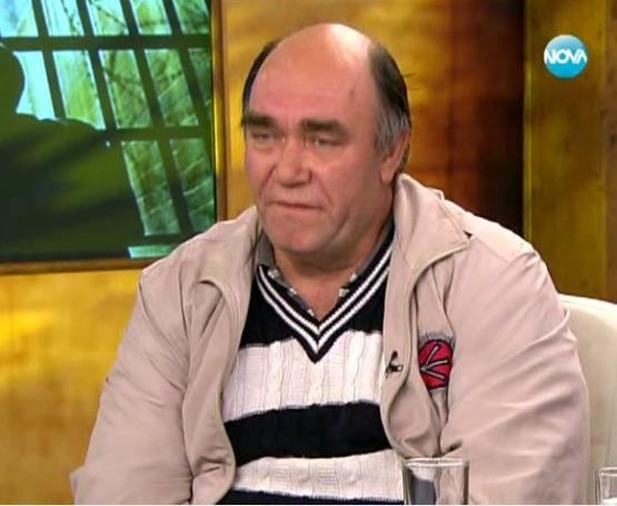 Страхил Соградиев, криминално проявен кладничанин, пред Нова Телевизия в защита на подобряването на условията за затворниците.